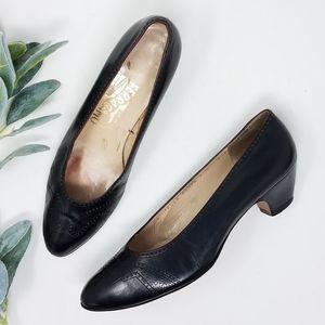 SALVATORE FERRAGAMO 7.5B Black Low Heels Pumps